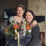 Twee Pleegwijzer bloemetjes in februari